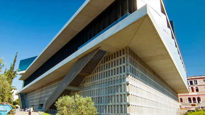 Acropolis Museum, a breathtaking modern museum